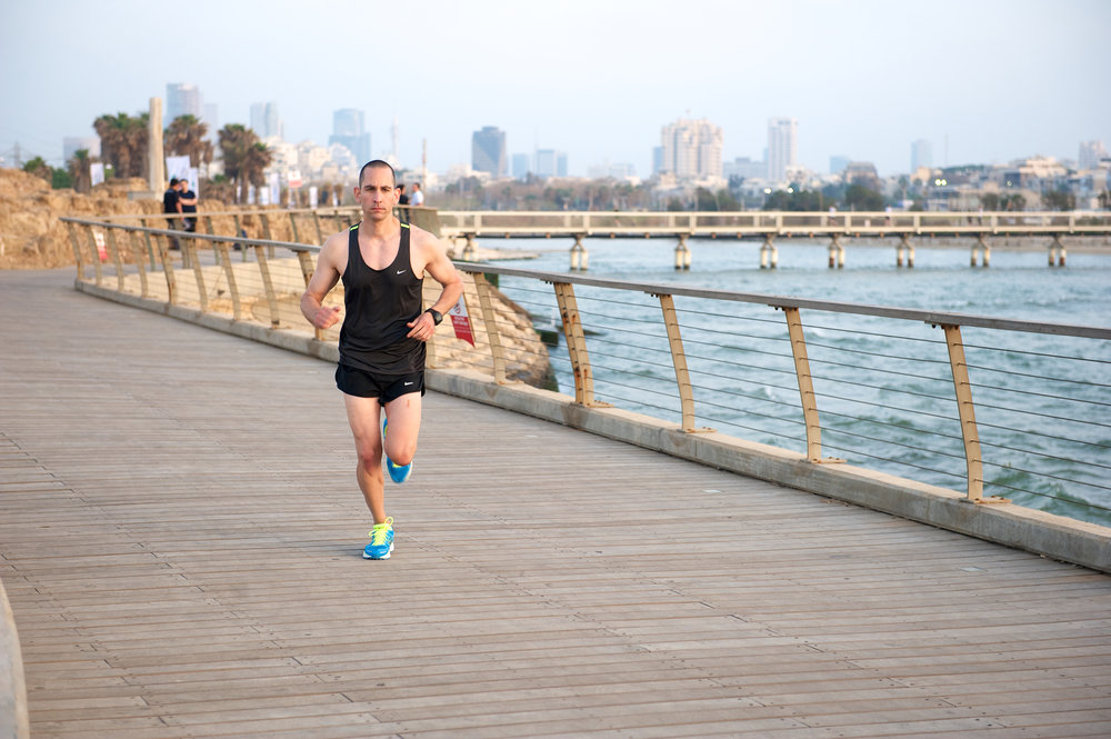 אימון ריצה אישי - ריצה בטיילת תל אביב
